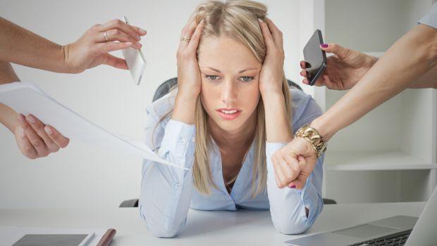 overwhelmed business woman, stress